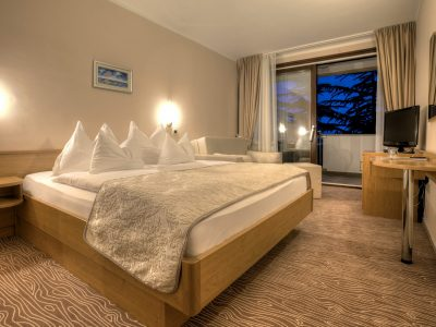 Double room with a balcony of Hotel Malin oriented at the sea