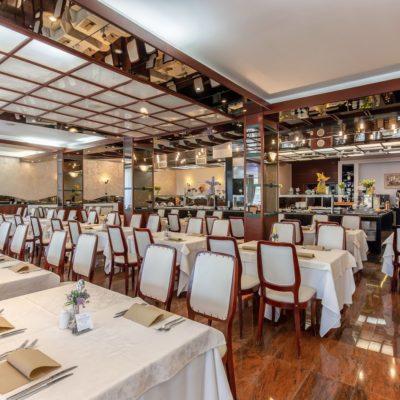 Hotel restaurant