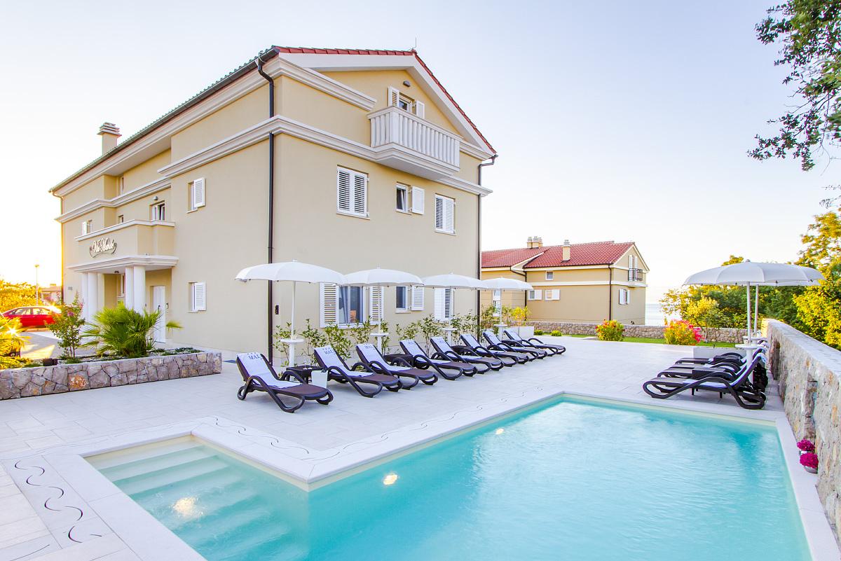 Malin Krk villas and apartments