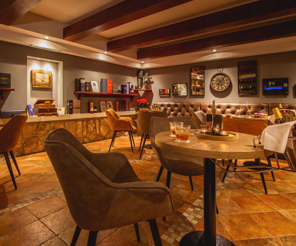 Whisky & Wine room Muileann